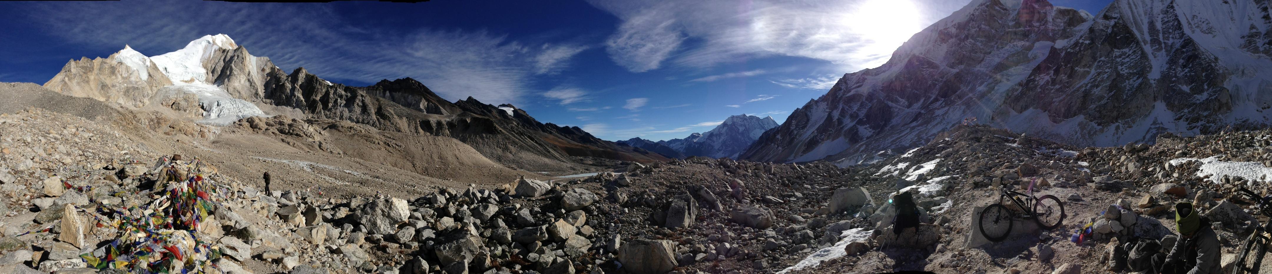 Auf dem Larke La Pass (5200 m)